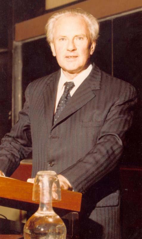 Arthur Cain Net Worth